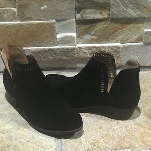 New, Lucky Brand, black suede ankle booties